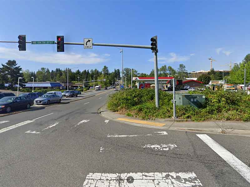Image of the Intersection of 124th St and 116th Ave NE in Kirkland