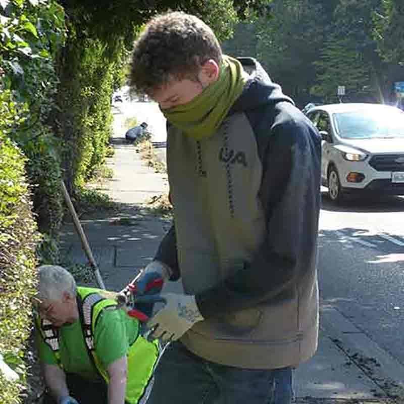 High School Volunteer Weeder